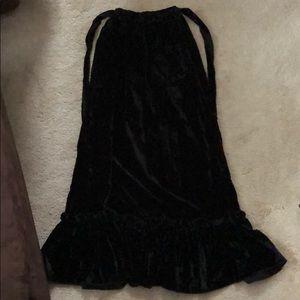 Other - Black crushes velvet maxi skirt